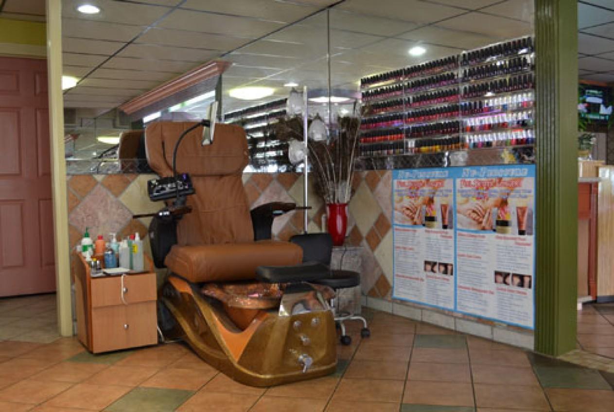 Nail salons west seattle city nail salon professional for Salon seattle